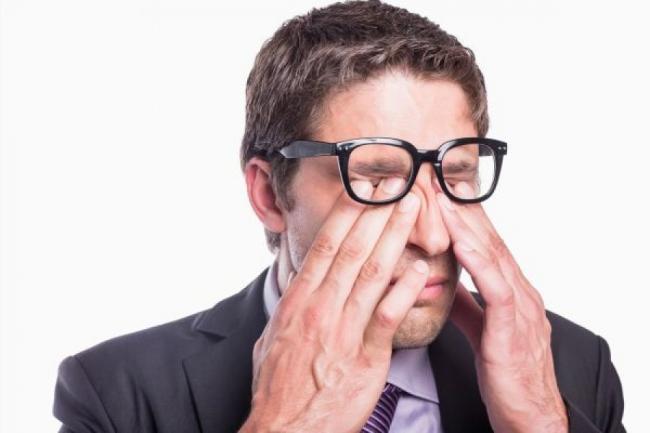 Sindromul ochilor uscaÈ›i. 10 moduri de a reduce simptomele
