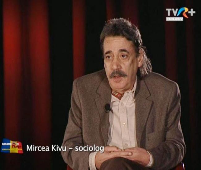 """Sociologul Mircea Kivu a recunoscut că a colaborat cu SECURITATEA: Am scris angajamentul, după dictare, alegând numele de cod """"Mihai"""""""