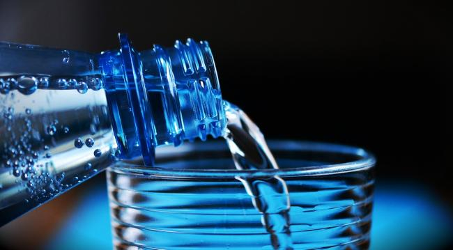 Cata apa trebuie sa bei in funcÈ›ie de greutate