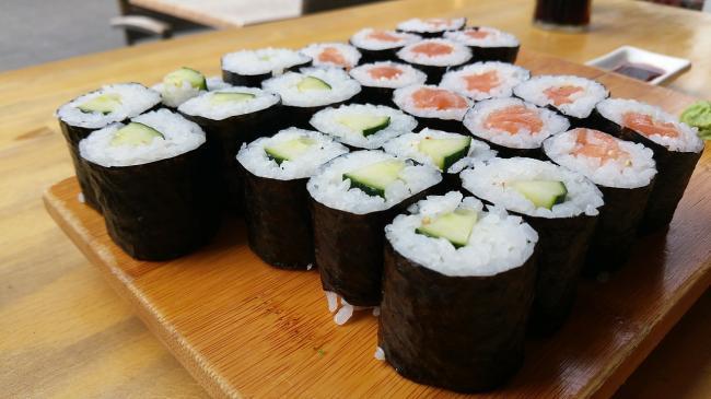 Cat de sanatos este de fapt sushi