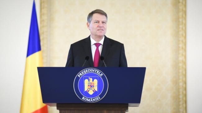 Iohannis: Tricolorul României este simbolul unui stat modern şi democratic, membru al NATO şi al UE
