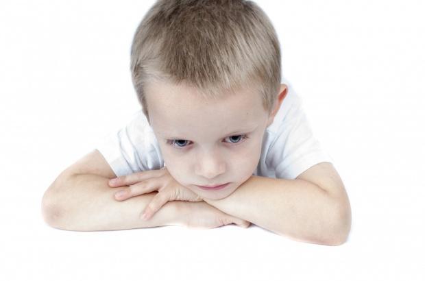 Sfatul medicilor: Nu le daÈ›i copiilor sirop de tuse!