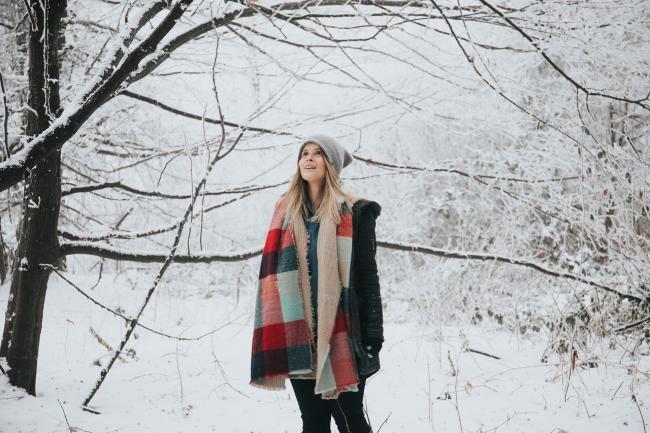 Sfaturile unei cunoscute profesoare de yoga:  Scurt ghid al starii de bine pe timpul iernii