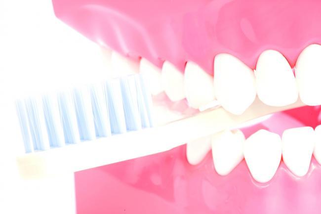 Șapte lucruri pe care nu le știai despre dinți