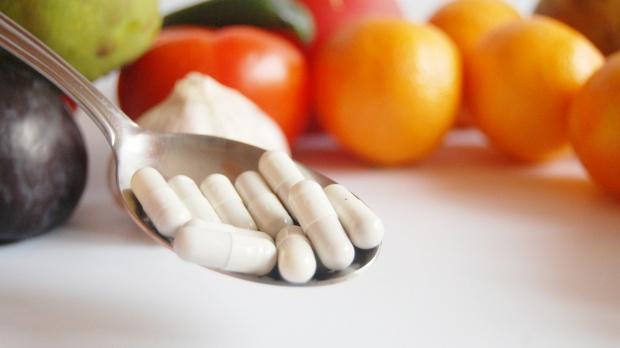 Cele mai periculoase combinatii de medicamente si alimente