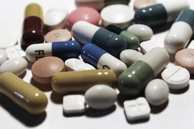 20 de medicamente pe care nu trebuie sa le combini niciodata cu alcool