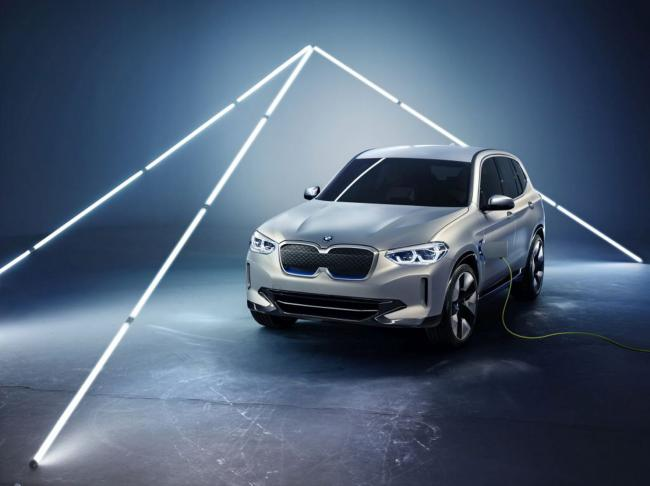 iX3, primul SUV electric BMW