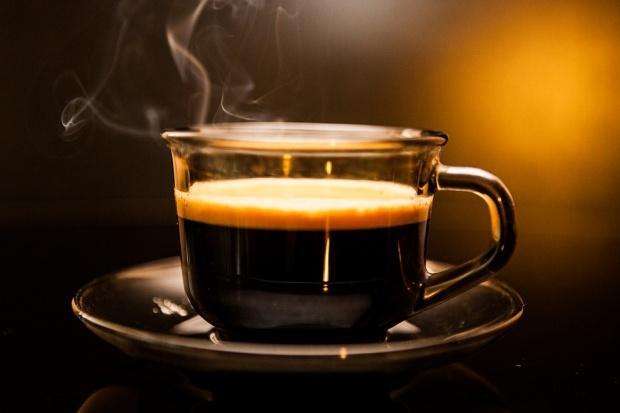 Consumul excesiv de cafea ataca oasele fragile