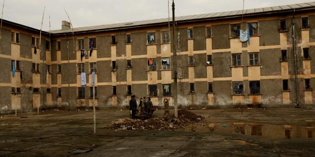 Guvernul va construi primele două închisori din ultimii 24 de ani