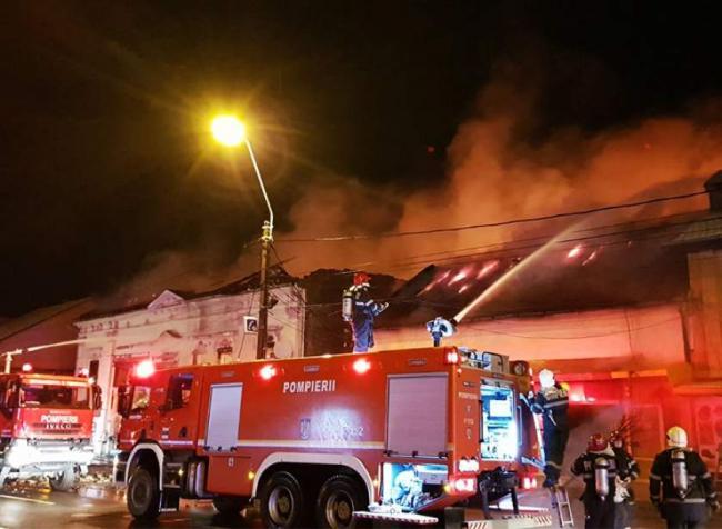 Raed Arafat anunţă dotarea IGSU cu aproape 500 de maşini de răspuns la incendiu de 4.000 şi 10.000 de litri
