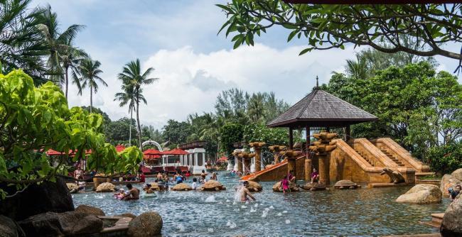 Insula Phuket, cea mai mare destinație turistică din Thailanda