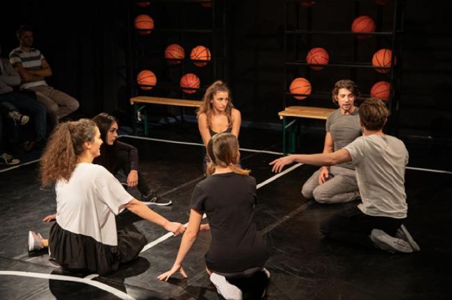 Ateliere gratuite de teatru | Adulți @ Teatrul Apropo
