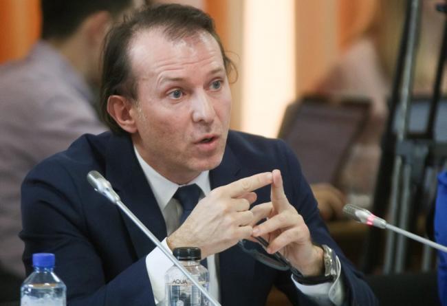 Cîţu: Investiţiile şi consumul vor atenua căderea economiei în 2020 şi vor pune bazele creşterii în 2021
