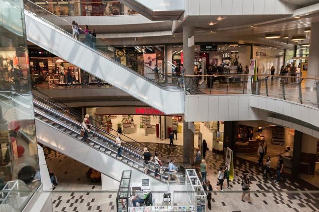 Pandemia loveşte în malluri. Deschiderea celui mai mare centrul comercial de anul acesta, amânată din cauza coronavirusului
