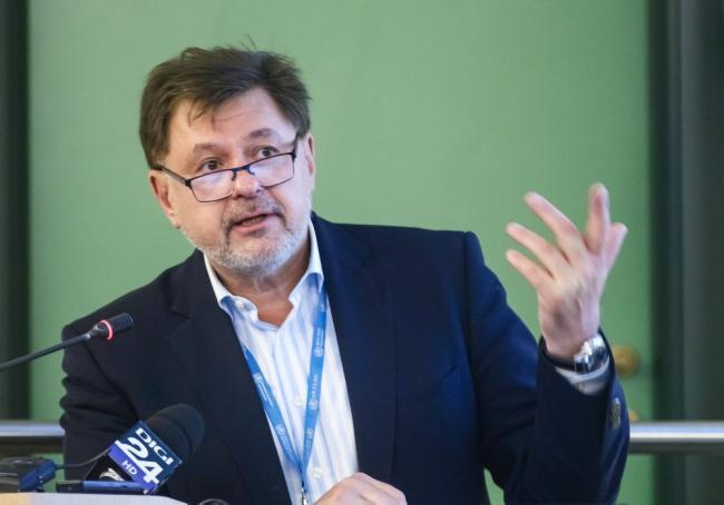 Rafila a izbucnit în râs la declarațiile ministrului Tătaru privind situaţia COVID-19 din România