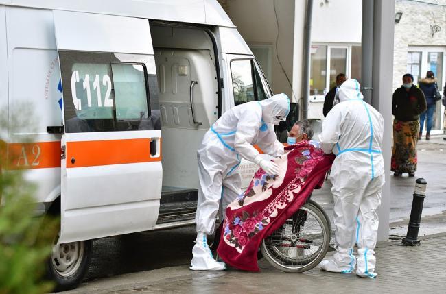 Bilanț COVID-19 în România. 994 de noi cazuri de infectare, 1.190 persoane internate la ATI şi 94 de decese