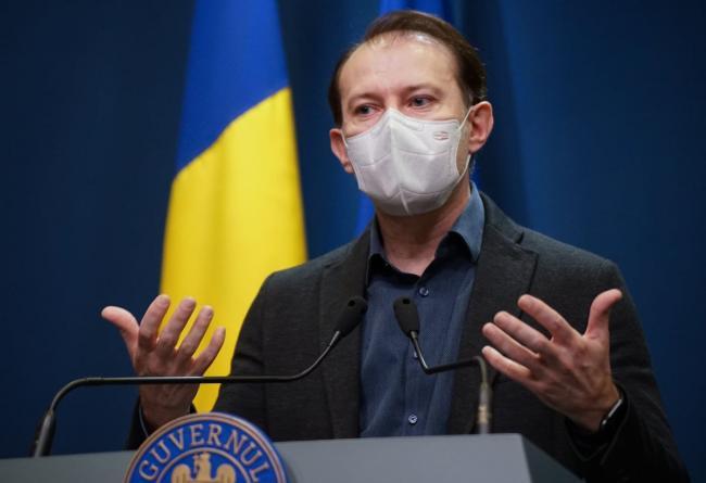 Florin Cîțu: Restaurantele și hotelurile ar putea funcționa la capacitate 100% pentru persoanele vaccinate