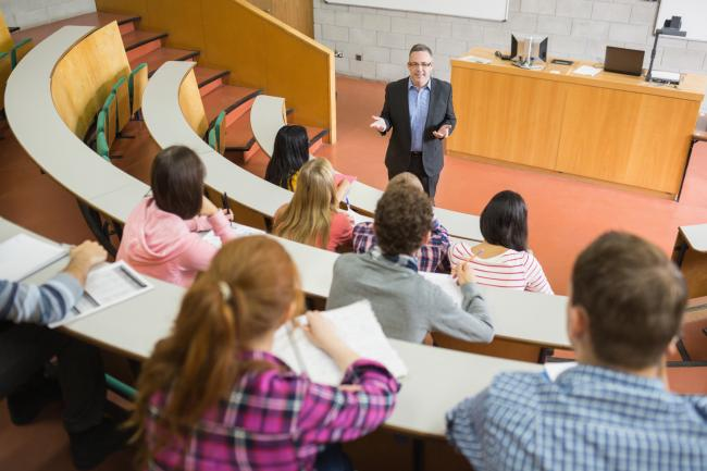 Universities in Great Britain are collaborating to open new faculties in Romania