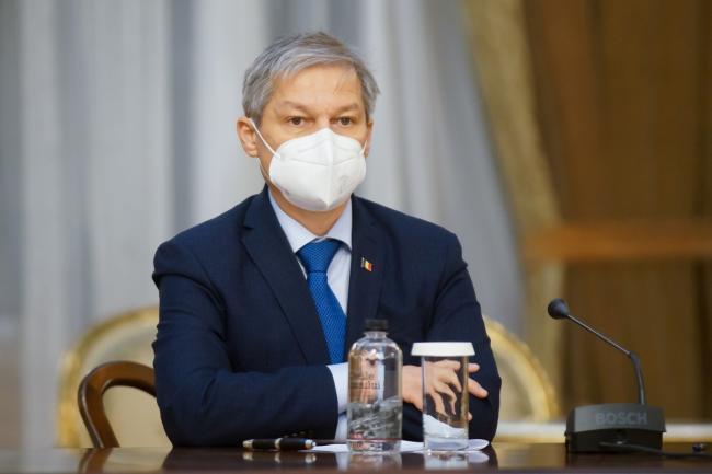 Cioloş: el primer ministro Cîţu hizo estallar la coalición.  (...) El primer ministro fue autoritario e hizo lo que quiso, independientemente de la coalición