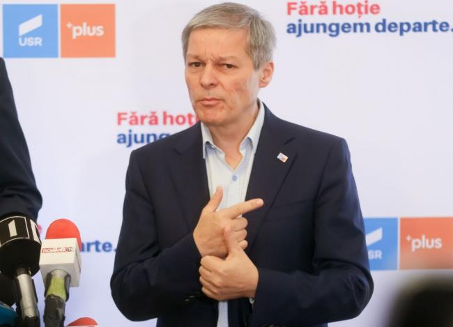 Dacian Cioloș asks Florin Cîțu to come up with another prime minister's proposal