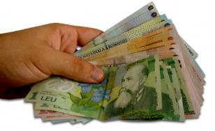 Salariul mediu net a scăzut în luna mai 2021