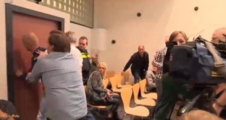 Reacția unui bărbat după aflarea pedepsei ABSURDE date celui care-i OMORÂSE fetița de numai doi ani! (VIDEO)