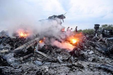 Dezvăluiri ULUITOARE în cazul prăbuşirii zborului MH17, al Malaysia Airlines. Un martor face declaraţii INCENDIARE! (VIDEO)