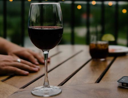 Care meserii generează cei mai mulţi alcoolici