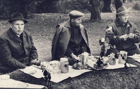 Ce mâncau Ceaușeștii? Preferinţe de tinereţe, regim de bătrâneţe