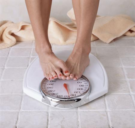 O băutură BANALA te poate ajuta la dietă. Slăbești 2 kg, adăugând doar...