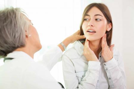 Glanda tiroidă poate fi tratată natural! Iată ingredientul secret
