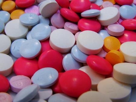 Doctorii recomandă persoanelor care au trecut de 40 de ani să nu mai ia Ibuprofen