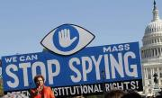 """Închideţi Big Brother"": Manifestaţie contra NSA la Washington"