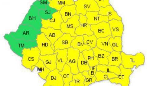 Cod galben de furtună în aproape toată ţara. Ploi torenţiale, descărcări electrice şi grindină, începând de mâine, ora 12:00