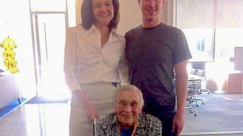 Vezi câţi ani are cel mai în vârstă utilizator de Facebook