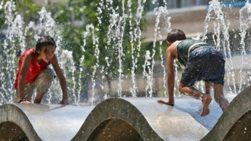VREME călduroasă în weekend: PROGNOZA METEO în Capitală, la munte şi la mare