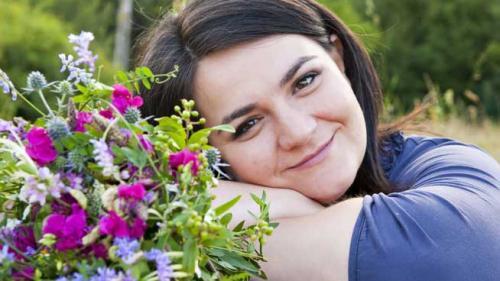 Ioana Mihai Nechifor, creatoare de bijuterii florale