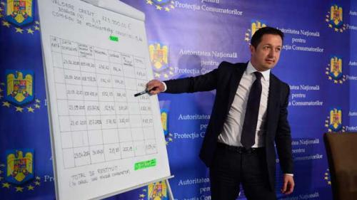 Românii încep să îşi recupereze banii luaţi cu japca de la bănci