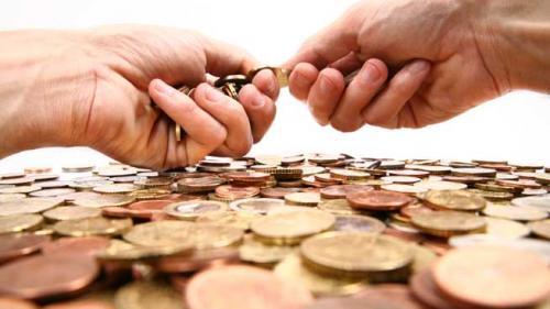 """""""Salteaua"""", banca cea mai sigură pentru 25% din populaţie"""