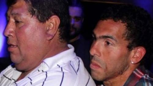 Patru arestări în cazul răpirii tatălui fotbalistului Carlos Tevez