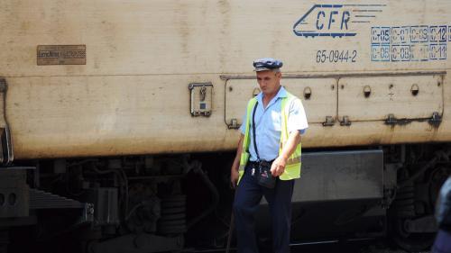 Un vasluian s-a sinucis aruncându-se în fața trenului