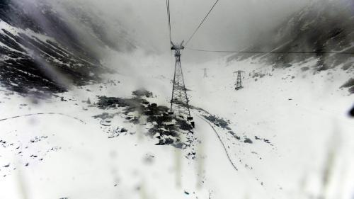 Meteorologii au prelungit avertizarea de risc mare de avalanşă la Bâlea Lac, până duminică seara