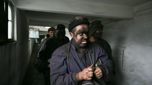 Hunedoara: Eşec parţial al negocierilor purtate cu minerii de la Lonea şi Vulcan