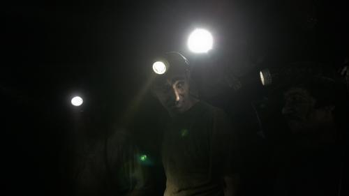 Hunedoara: Peste 430 de mineri continuă să fie blocaţi în subteran; sindicaliştii cer implicarea guvernului