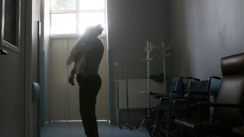 Prefectul judeţului Argeş solicită demisia de onoare a şefei DSP Argeş şi a conducerii Spitalului de Pediatrie Piteşti