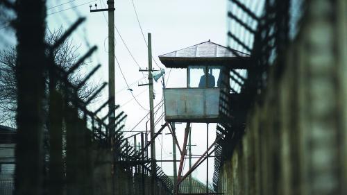 Guvernul, două luni pentru a îmbunătăţi condiţiile din închisori