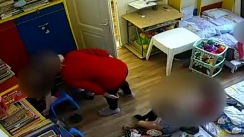 Grădiniţa privată din Cotroceni unde trei copii ar fi fost bătuţi de directoare nu este autorizată