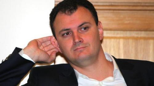 Sebastian Ghiţă a venit la sediul DNA Ploieşti: Nu ştiu ce vor să facă domnii procurori