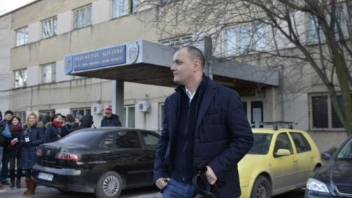 Un deputat a făcut plângere împotriva lui Ghiţă acuzând că l-a şantajat să voteze în favoarea sa în Parlament - surse
