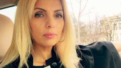 Avocata Alinei Bica a fost trimisă în judecată pentru fals în înscrisuri şi favorizarea făptuitorului